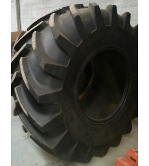 Pneu Michelin 1050/50R32